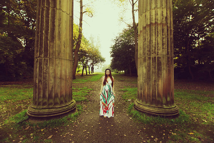 Lifestyle maternity session in Heaton Park, Manchester