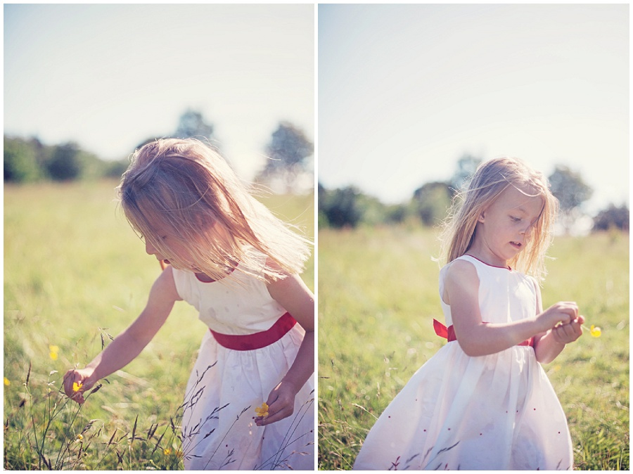 Fun kids photoshoot in a field